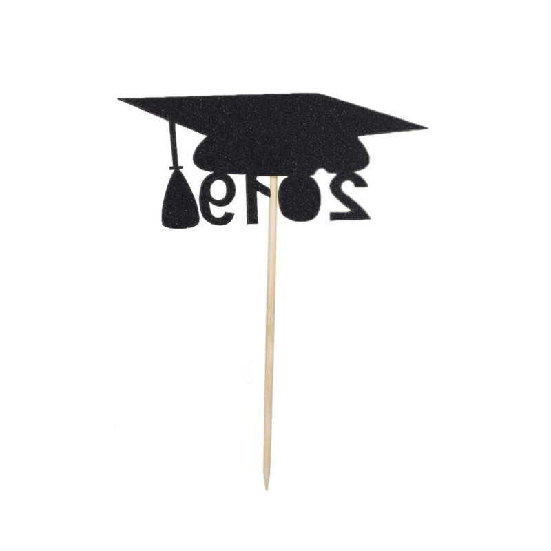 12 Paper Picks for Graduation Party Birthday