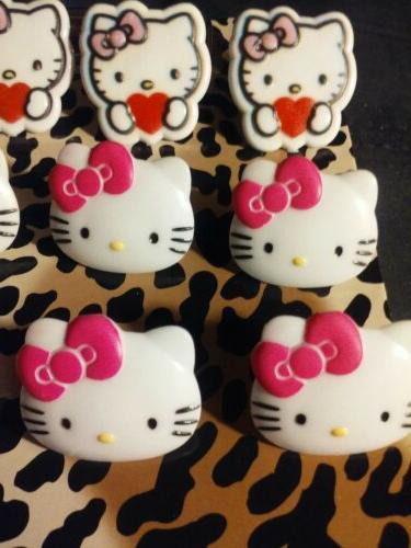 14 Various Hello Cupcake Topper