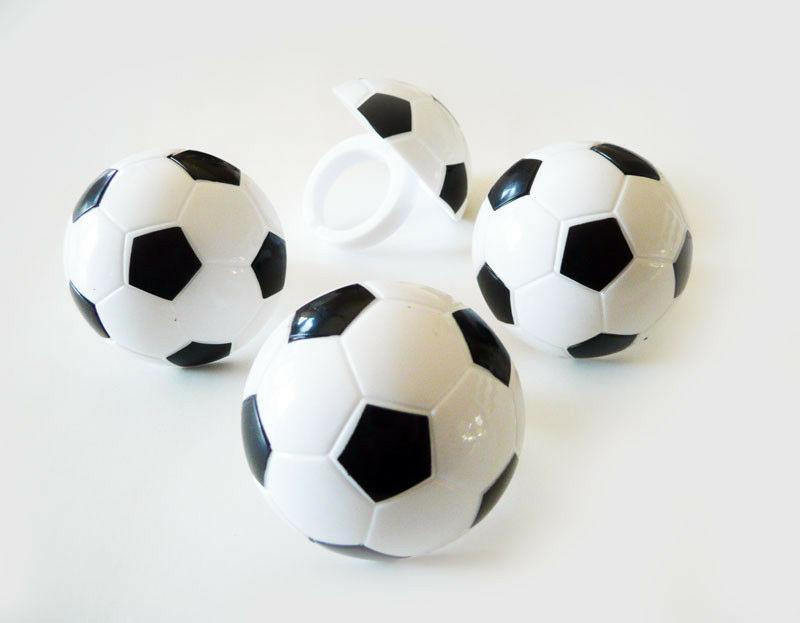 24 soccer 2 dimensional cupcake rings party
