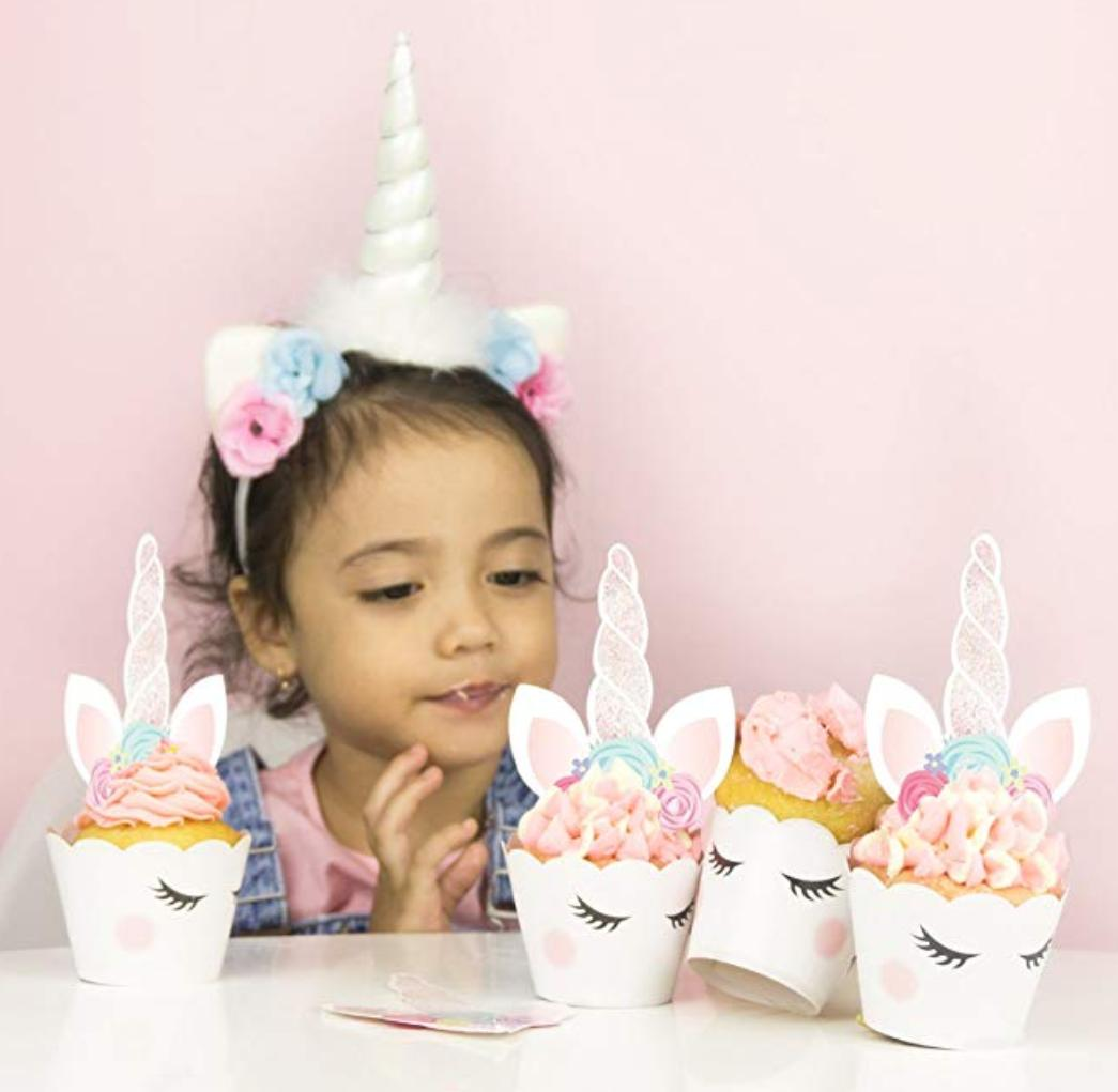 24 Unicorn Cupcake Wrappers and 24 Unicorn Toppers *FREE SHI