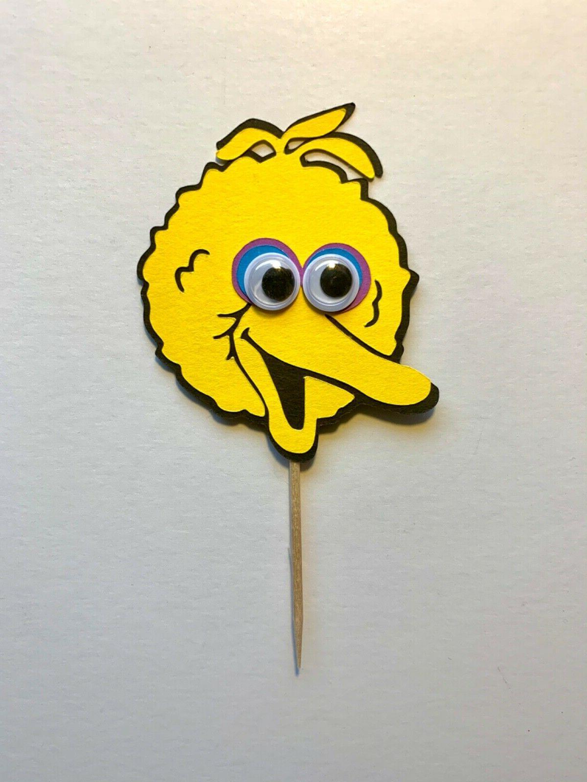 Sesame Eyes Cupcake /