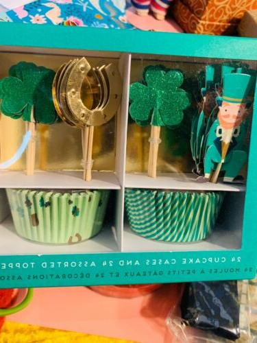 st pattys day cupcake cases and toppers