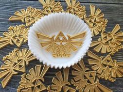 Legend of Zelda Hylian Crest Cupcake Topper Party Decoration