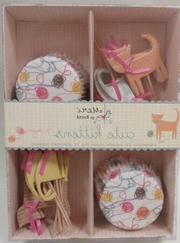 NEW Meri Meri Cute Kittens Cupcake Kit 24 Cupcake Cases & 24