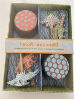 NEW Meri Meri Dinosaur Roar Cupcake Kit 24 Cupcake Cases & 2