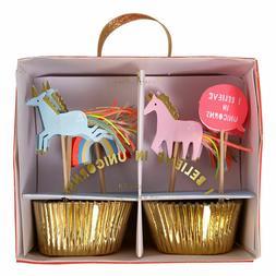 Meri Meri Rainbow Unicorn I Believe in Unicorns Cupcake Case